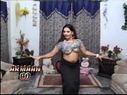 chanda mujra dance showing her gorgious.