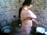 ~Olamba pakistani khattak bathing, village 17th school girl bathing 3gpgirls xxx7 year 8 year 9Video Screenshot Preview