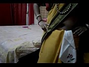 Desi tamil Married aunty exposing navel in saree with audio, tamil aunty white saree Video Screenshot Preview 6