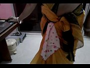 Desi tamil Married aunty exposing navel in saree with audio, tamil aunty white saree Video Screenshot Preview 1