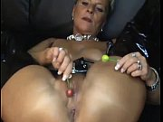 Mature milf gets fuck by ...