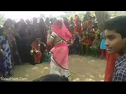 bhabhiji dancing on bhojpuri song in.