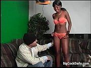 sexy ebony chick sucks big cock.