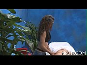 Hot babe massages knob with lips