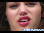 brunette teen rubbing clit in pantyhose