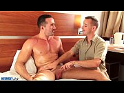 a sweet mature sport guy serviced by our p … – Gay Porn Video