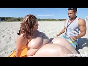 ssbbw erin green walks naked on beach n.