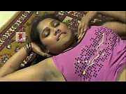 Telugu Desi girl enjoys foreplay showing naval and dark shaved armpits.MP4