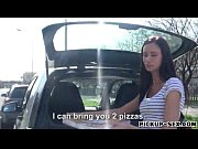 pizza delivery girl liliane pussy creampied.