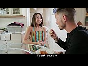 teenpies - london lynn&#039_s first creampie!