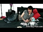 Free porn muscle fuck emo gay Hot emo lad Lewis Romeo gets down and