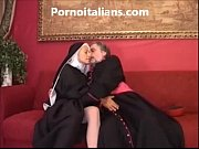 Suora troia scopa in culo col vescovo - Sister slut fucks in the ass with