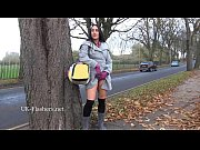 dark amateur chloe lovettes public flashing and outdoor.