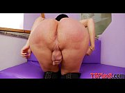 huge ass tranny paula d avila wanks her.