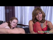 Mom and daughter threesome 1185
