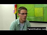 Gay guys Taylor Lee and Jae Landen are 2 college aged twinks. Taylor