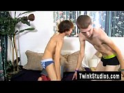 hot gay when dylan chambers catches dean holland double-fisting