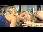 Mom and daughter threesome 0283