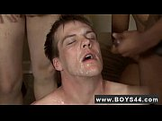 Gay twinks Blue-Eyed Avery Gets Covered with Cum