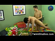 18 old black gay porn Braden Klien can&#039_t enjoy Christmas with warring