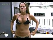 Adriana Ajeitando o Biqu&iacute_ni - BBB 11 (Big Brother Brasil) - YouTube
