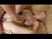 Picture Brother Show Porn Movie to Step-Sister and S...