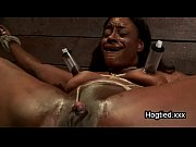 Picture Ebony body builder tied up and vibed