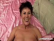 i banged my mature wifes hairy.