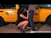 Picture Brazzers - Destiny Dixson gives cabby a good tip