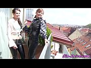 Glam lesbians sniff and l...