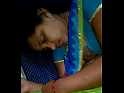 rajam srikakulam horny aunty forget to hook her blouse-2