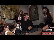 Shemales Johanna B, Jamie Page and Jessica Fox make guy suck