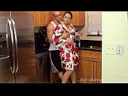 [Taboo Passions] Son get&#039_s nasty with mom Madisin Lee in Gotta Workout
