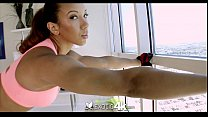 Sophia Fiores athletic anal workout - Exotic4K thumb