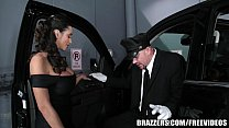 Brazzers - Ariella Ferra gives her driver a ride thumb