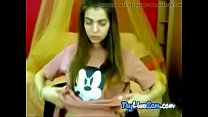 Bitch poses seductively on adult sex chat at TryLiveCam.com