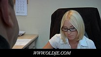 Young blonde glasse doctoresse fucking old pacient