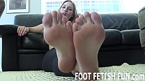 I want to play with your cock using only my feet
