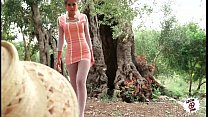outdoor fucking teen sexy - campo el en follando Julia