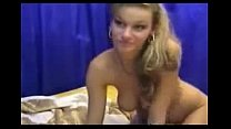 Blondie Webcam Babe Puts On A Sextoy Show