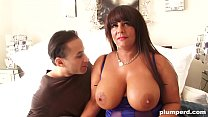 Perfect double G tits! BBW milf at its finest Thumbnail