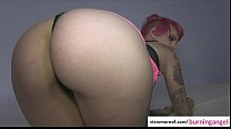 Pink haired punk Geisha Monroe gets laid and re...