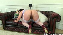 English milf Vintage Fox loves toying her mature pussy