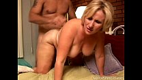Mature blonde rims his asshole and enjoys a fac...