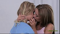 Lesbians in love rimming in bed