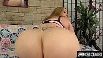 Busty BBW Bunny De La Cruz Masturbates and Has ...