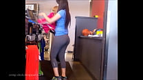 BIG ASS LATINA IN YOGA PANTS
