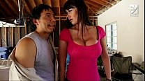... tits huge with milf fucks exterminator Mexican
