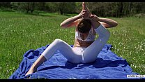 Yoga with Alexis Crystal - Free - XCZECH.com (2...