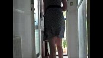 delivery in dress1 Thumbnail